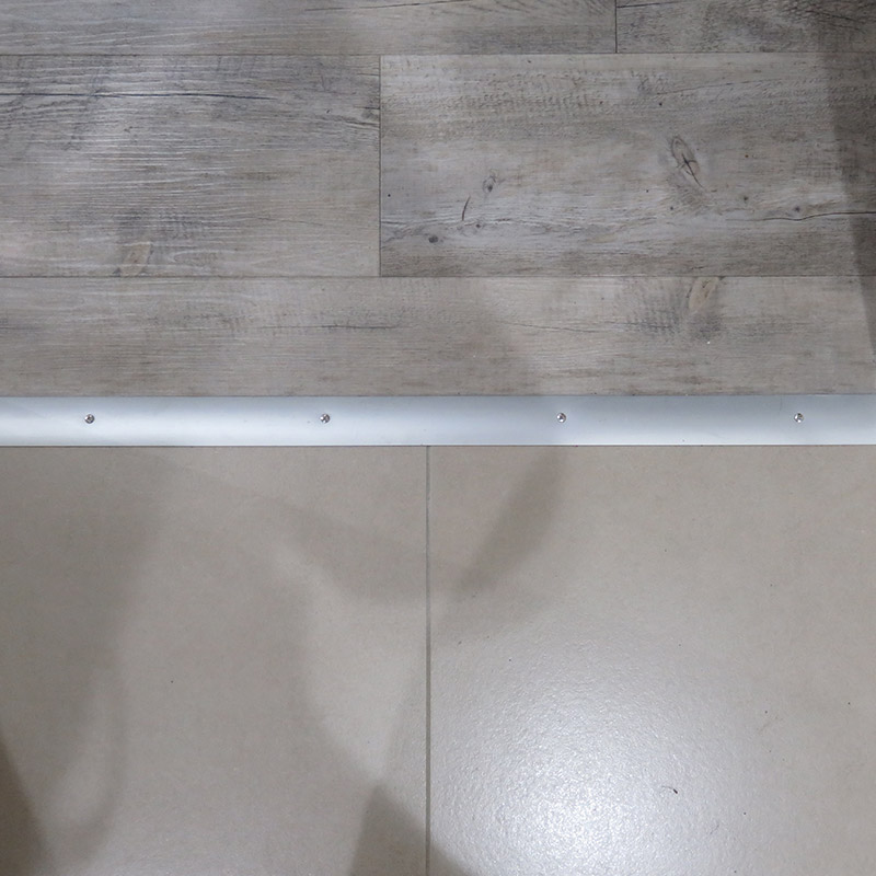 Pose de lames PVC clipsées par Hestia Finitions
