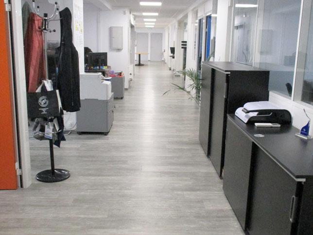 Accueil chantier Deepling Médical pose de lame PVC